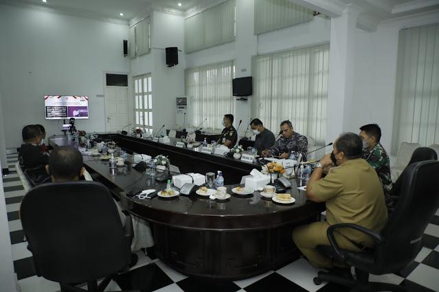 Wabup dan Forkopimda Kabupaten Asahan Ikuti Arahan Presiden RI, Gubsu : Perkembangan Kasus Covid-19 Semakin Membaik