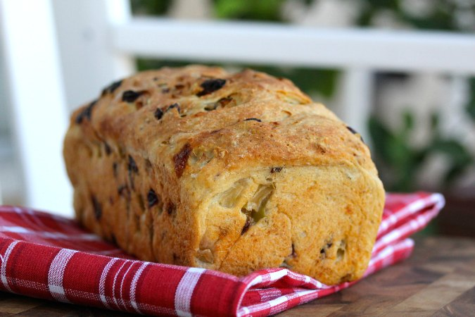 Sourdough Apple Bread