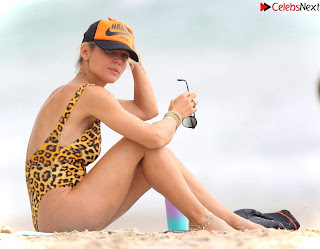 Elsa Pataky in   Swimsuit   celebs.in Exclusive Celebrity Pics 007