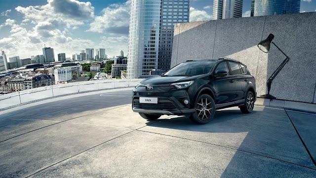 Toyota rav4 2016 caratteristiche motori dimensioni prezzi data uscita interni foto