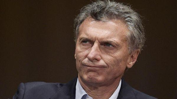 Víctimas de dictadura denuncian a Macri por demora de pagos