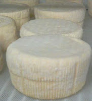 Lakin's-Gorges-Cheese