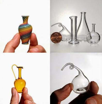 Increíbles  jarrones e instrumentos de vidrio en miniatura