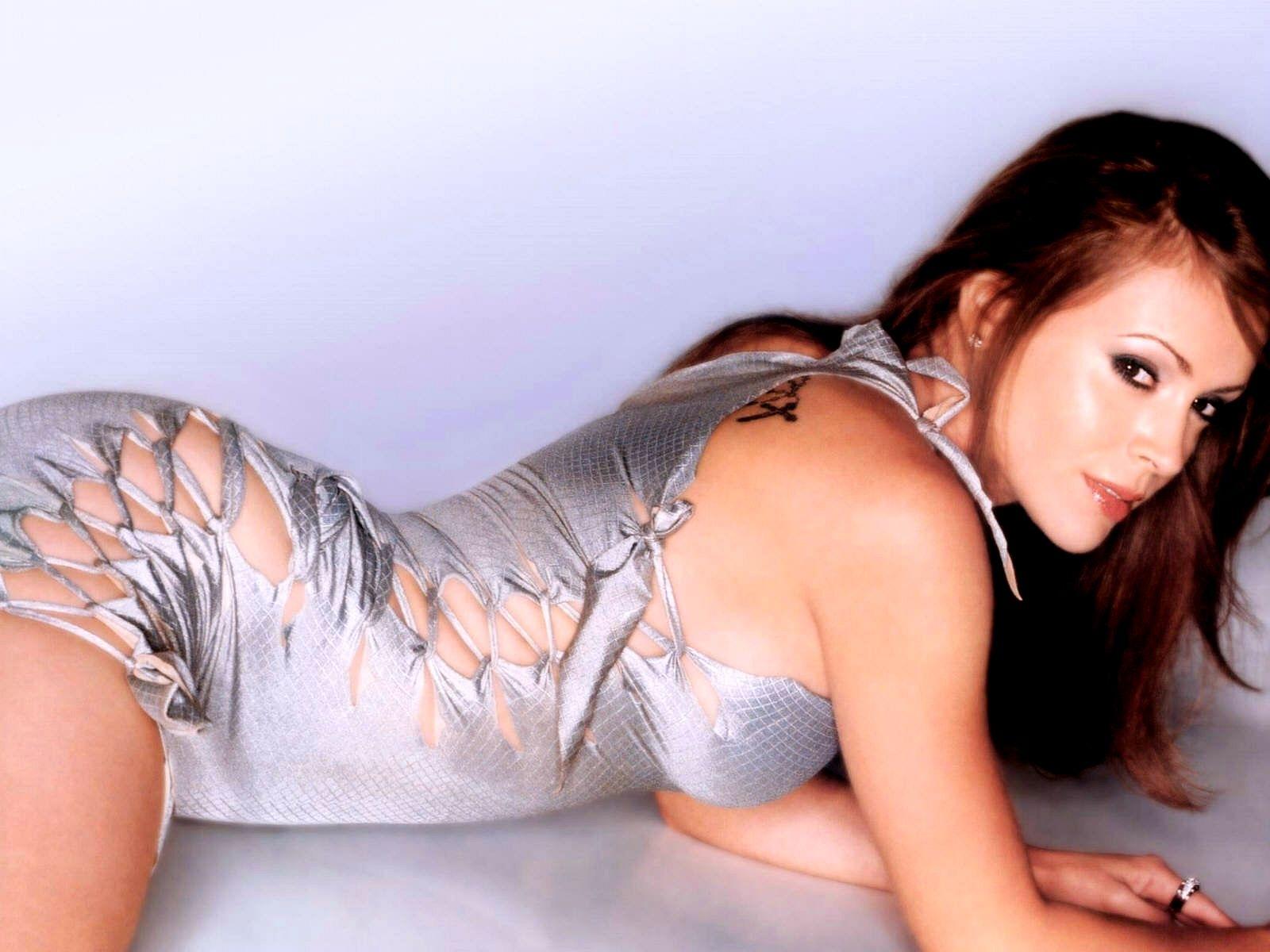 Alysa Milano Sexy 6