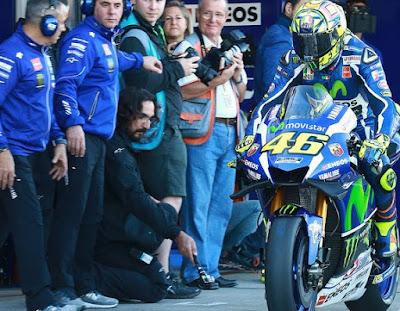Rossi Bocorkan Hasil Tes Privat Yamaha di Sepang