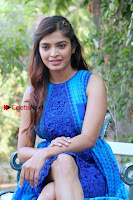 Tamil Actress Sanchita Shetty Latest Pos in Blue Dress at Yenda Thalaiyila Yenna Vekkala Audio Launch  0015.jpg