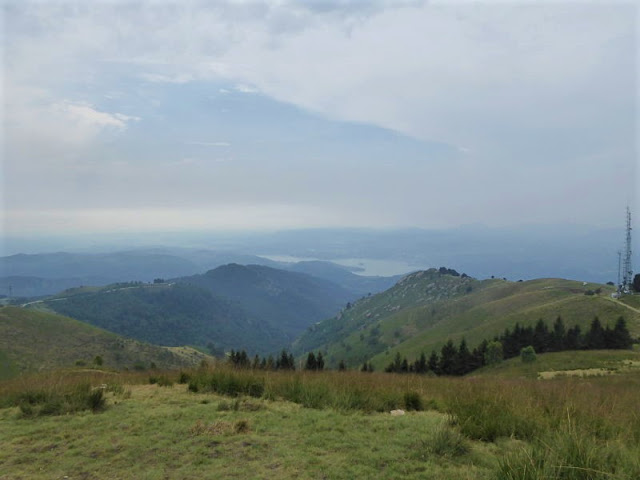 panorama dal mottarone sul lago d'orta