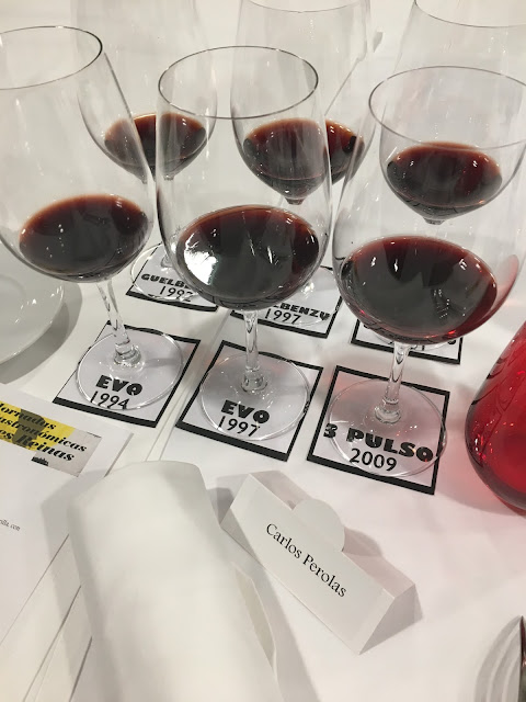 Los vinos de la cata histórica preparados para la cata.