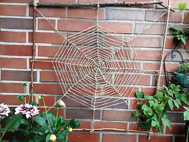 Spinnennetz Knüpfen