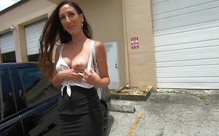 [BangRoadsideXXX] Artemisia Love (Gets A Luxury Rental Car And A Hard Dicklashing / 10.09.2020)