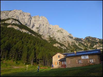 Refugio Lluis Estasen, Pedraforca