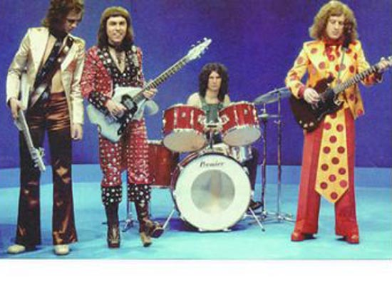 Slade with Burns Flyte guitar and bass.