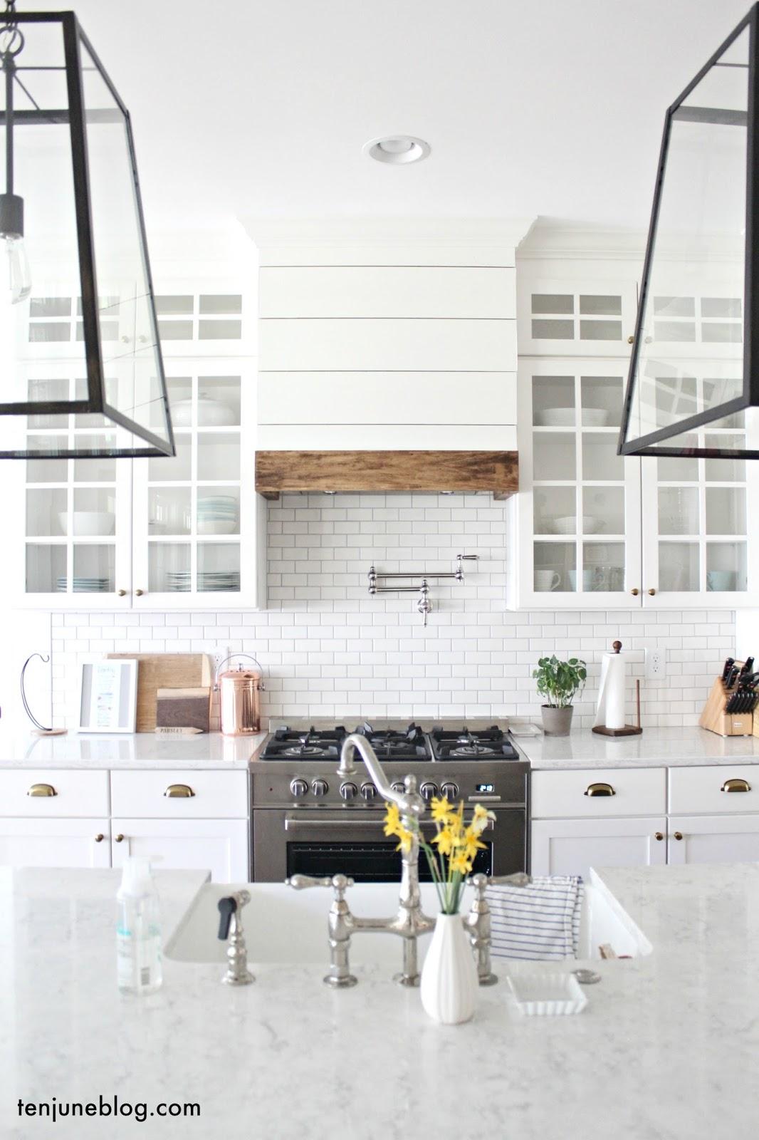 farmhouse shiplap kitchen vent hood