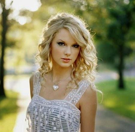 7 Lagu Taylor Swift Paling Top dan Sukses