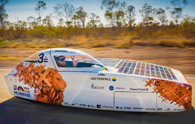 سيارات تعمل بالطاقة الشمسية