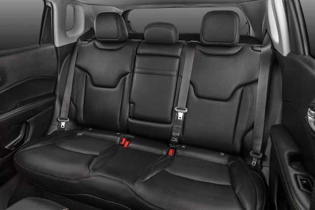 Jeep Compass 2.0 Flex Limited - interior