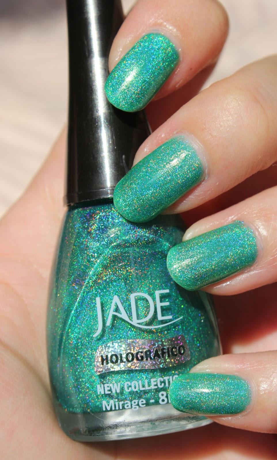 http://lacquediction.blogspot.de/2014/08/jade-holografico-mirage.html