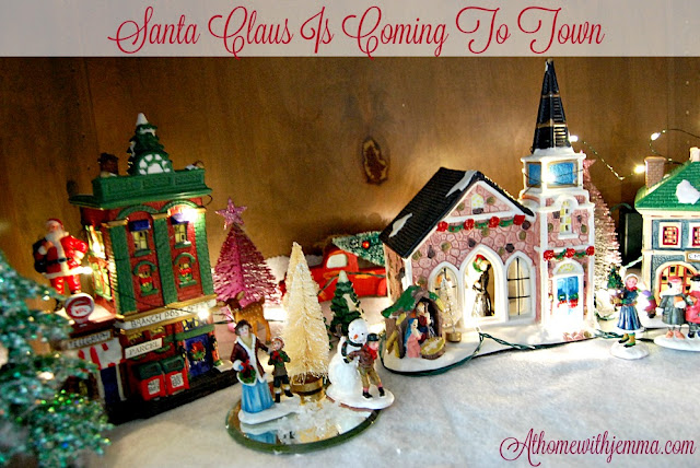 village-dickens-miniature-decor-Christmas-Jemma