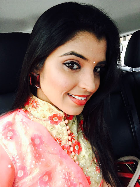 Anchor Shyamala Latest Pics in ETV Super Masti