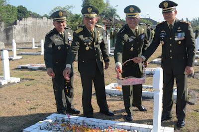 Jelang Peringatan HUT ke-74 TNI, Kodam IX/Udayana Gelar Ziarah Nasional di TMP Pancaka Tirta