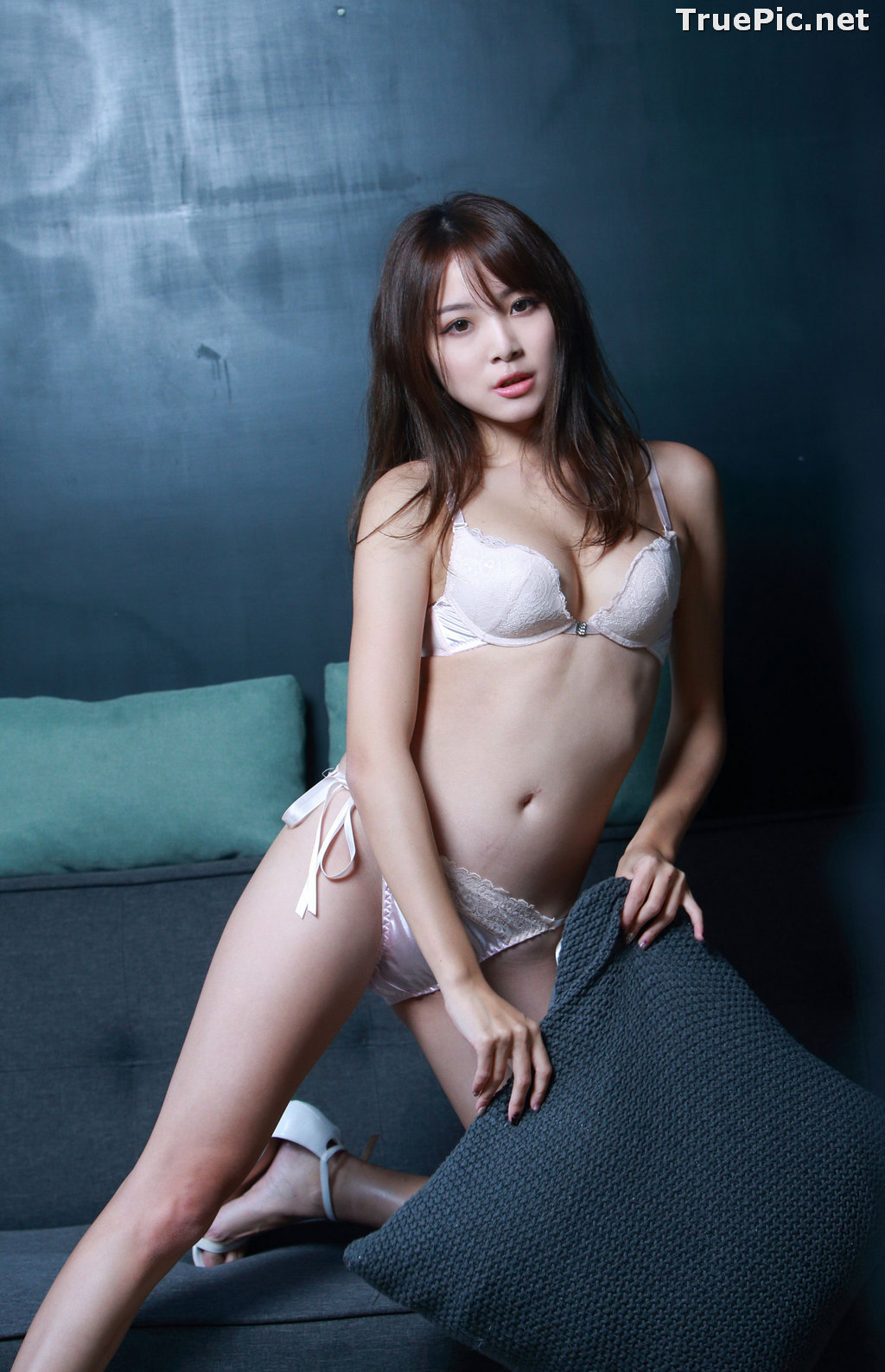 Image Taiwanese Model - Ash Ley - Sexy Girl and White Lingerie - TruePic.net - Picture-10