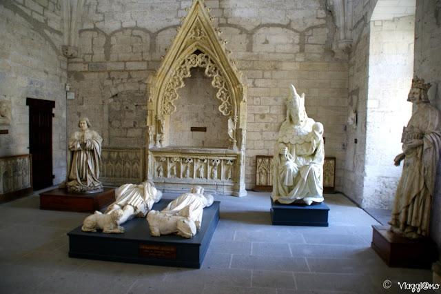 Una delle sale del Palazzo dei Papi di Avignone