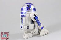 S.H. Figuarts R2-D2 28