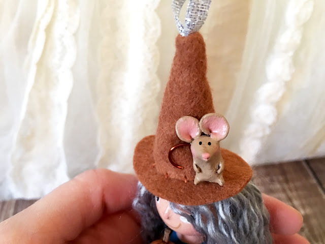 clay mouse on witch hat