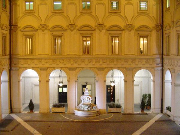 Rome4u roma e lazio x te palazzo chigi e le sale della for Calendario camera dei deputati