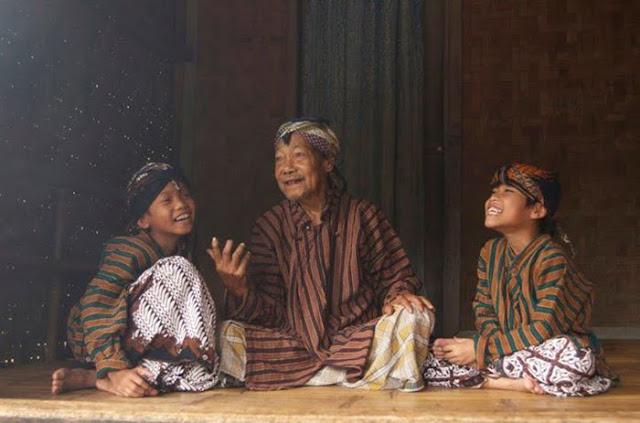 9 Filosofi Jawa yang Bikin Hidup Tentram dan Bahagia