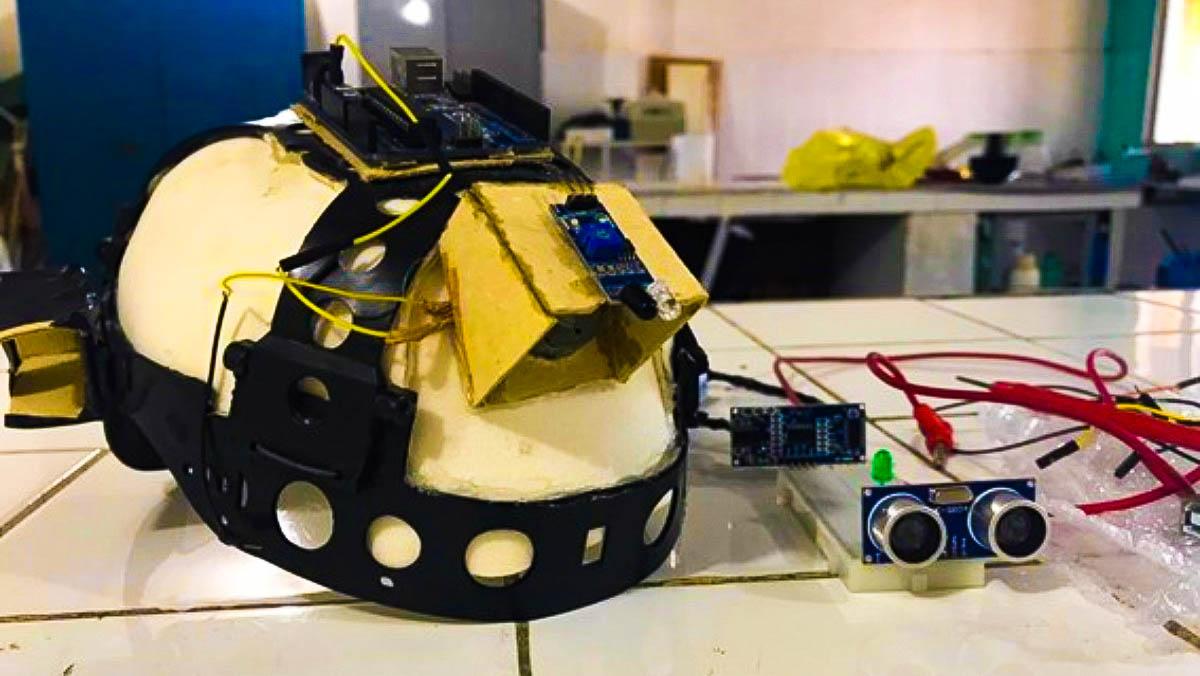 Estudantes criam sensor de movimento para pessoas com deficiência visual