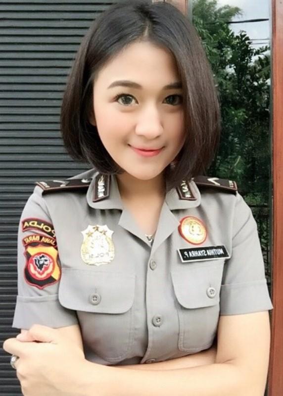 Polwan Cantik Muthia Syahra Padang