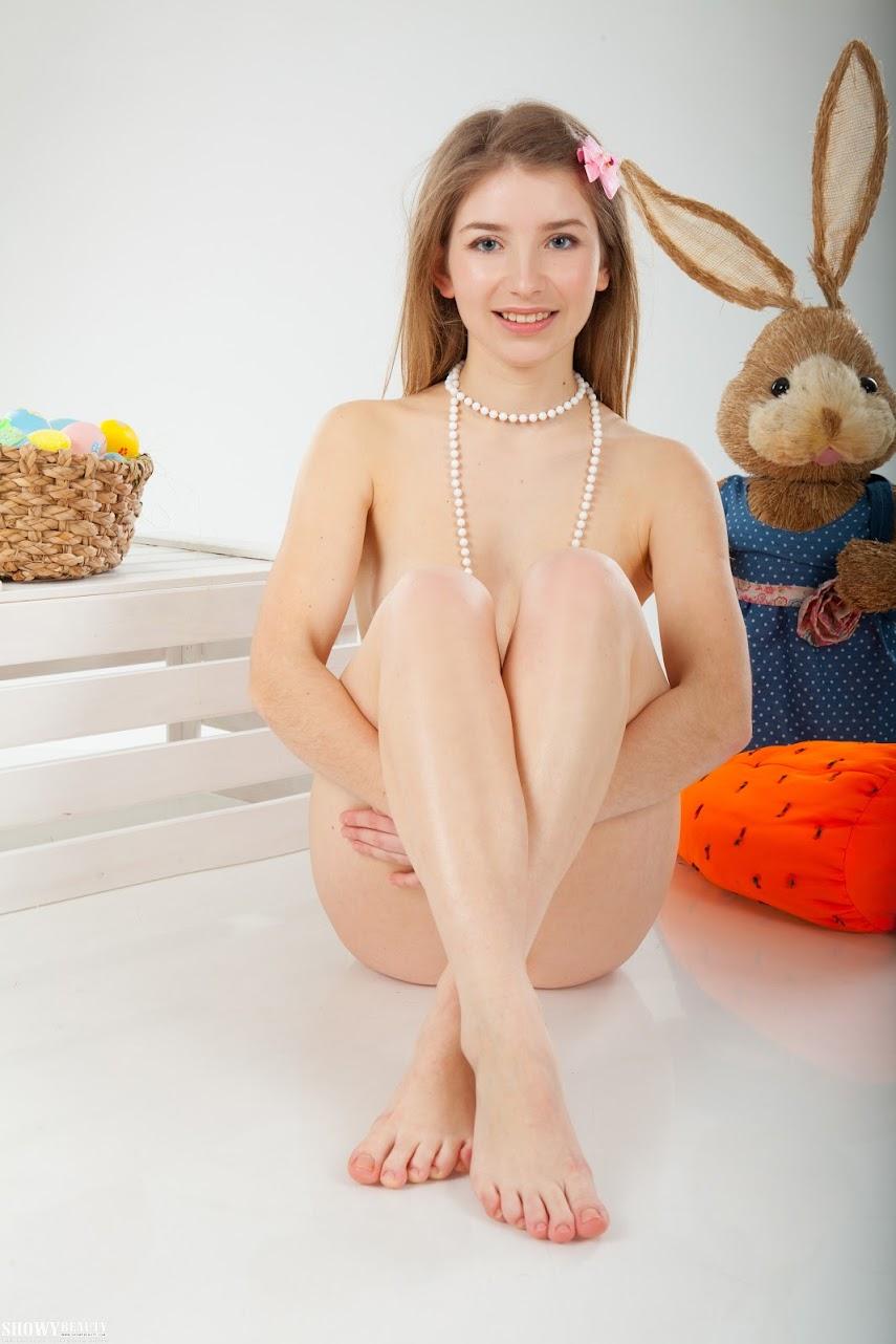1499458583_showybeauty-cover_0 [ShowyBeauty] Verona - Happy Bunny showybeauty 04050