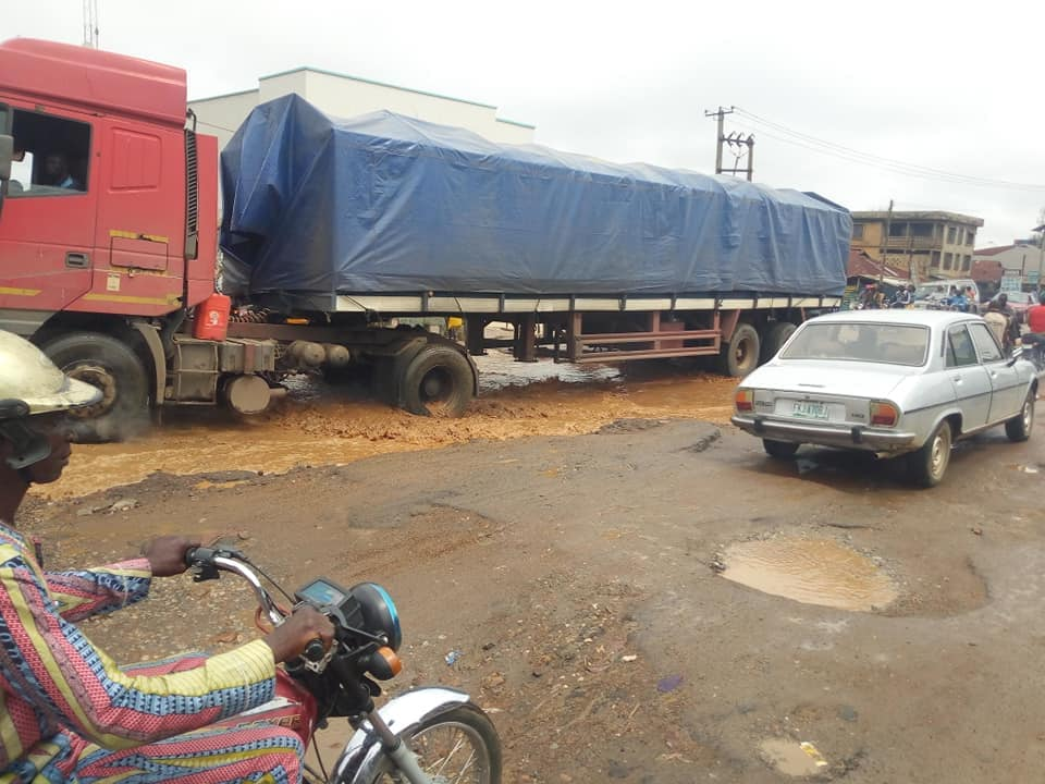 Ogbomoso Residents Cry Out To Oyo State Gov Over The State Of Roads (Pictures) 4