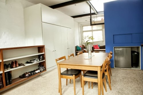 12-1st-Floor-Studio-Mews-Apartment-Camden-London-UK-Skylight-Roof-Terrace-Garden