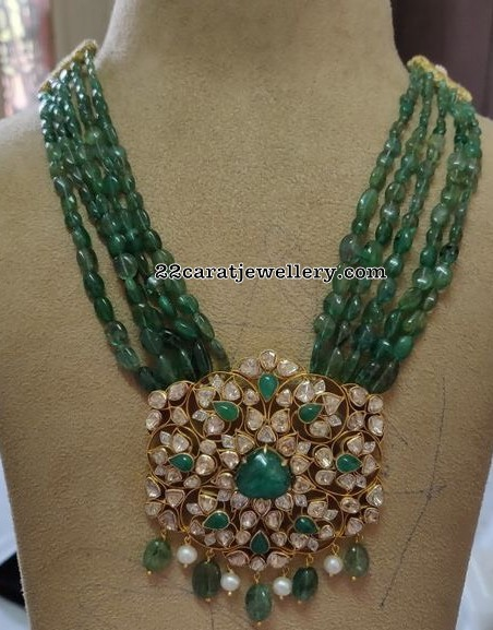 Pachi Pendant with Emerald Beads Set