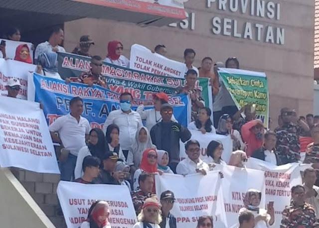 "Ribuan Massa Pendukung "" Tolak Pemakzulan "" Nurdin Abdullah, Kepung DPRD Sulsel"