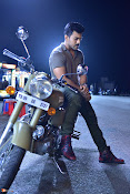 Dhruva shooting at brisk pace in Hyd-thumbnail-13