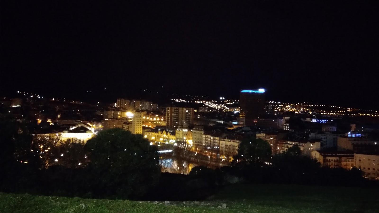 Bilbao nocą