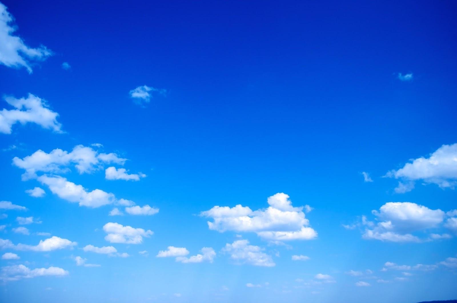 Background Langit Biru Berawan - Silvy Gambar