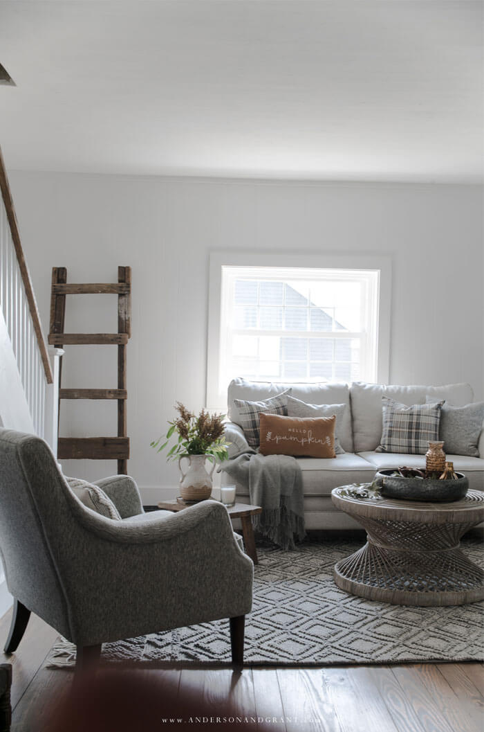 Take a tour of this modern farmhouse living room decorated for fall in a neutral color palette.