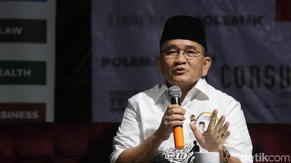 Pigai Cuit 'Jangan Percaya Orang Jateng Jokowi-Ganjar', Ruhut Sitompul Geram