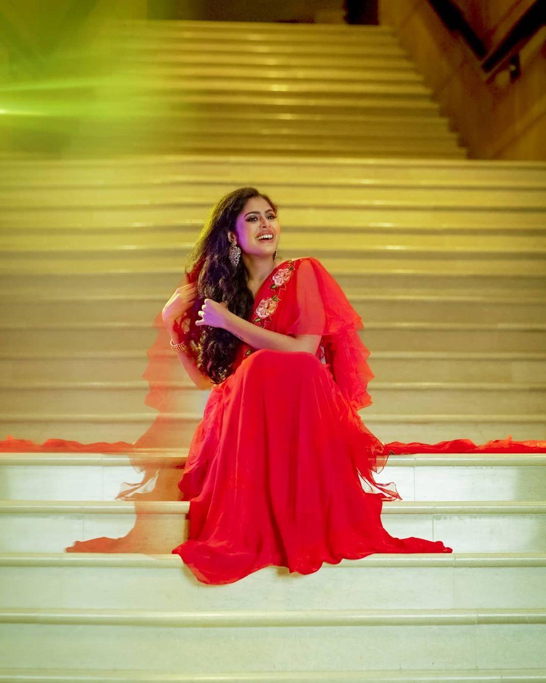 Faria Abdullah hottest photo blouse