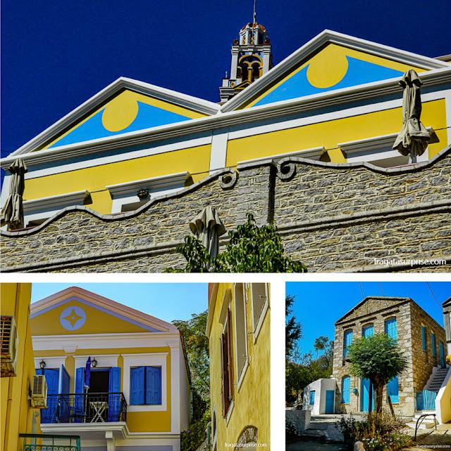 Escadarias de Gialos, na ilha grega de Sými, Dodecaneso