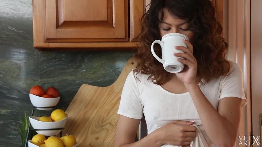 [MetArtX] Sydney Wolf - Latte Effect 1489922150_max