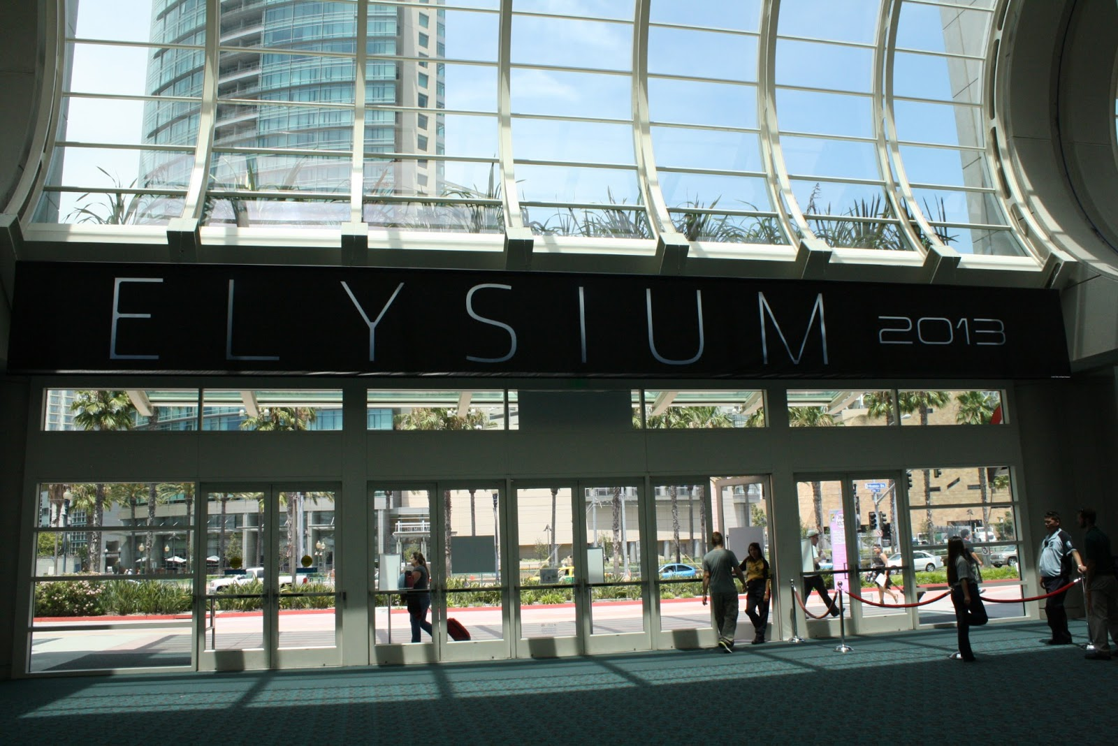 A Constantly Racing Mind   : Elysium ~ Extended Trailer | A