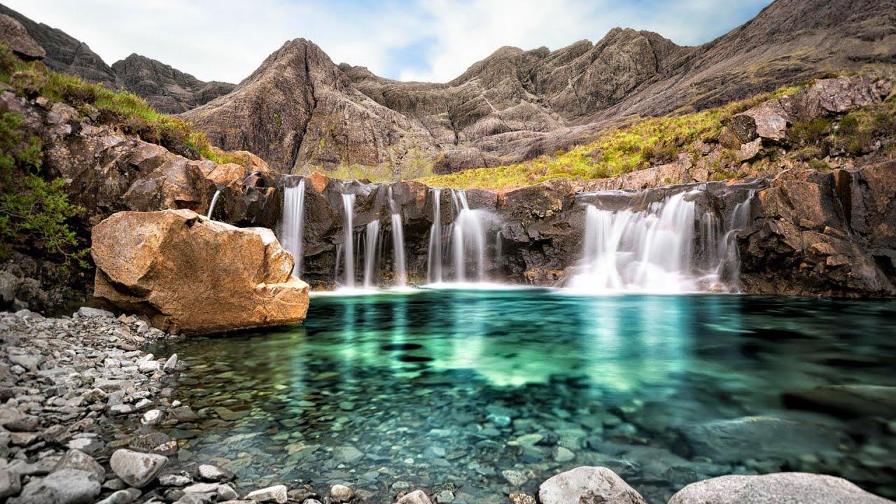 Сказочные бассеины на острове Скай в Шотландии