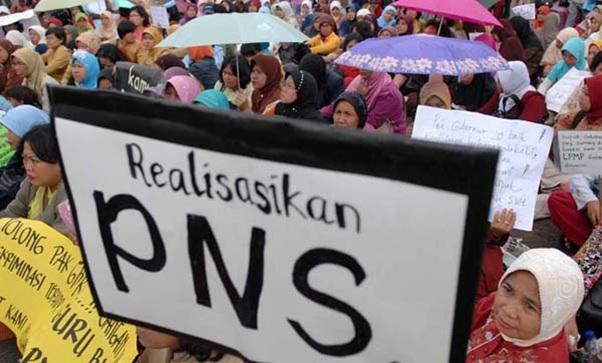 Syarat Honorer Diangkat Menjadi PNS