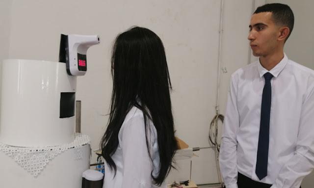 تطاوين رجل آلي يعمل بالذكاء الاصطناعي لمراقبة مرضى كوفيد