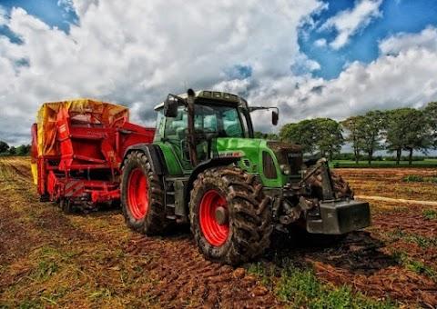 Modern Farming Machines With Modern Farming In India
